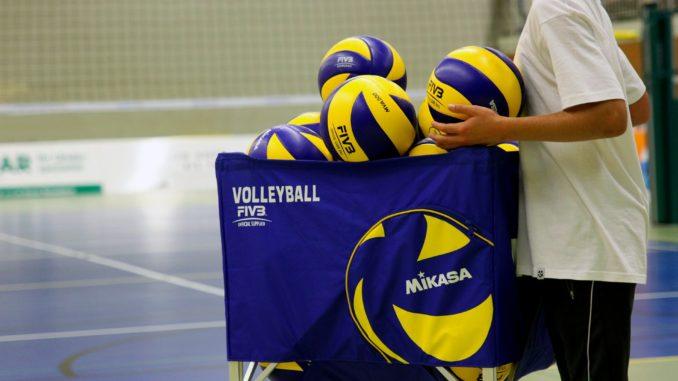 volleyball-520081_1920
